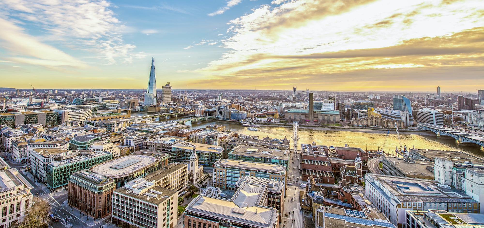 Oxygen buys £400m City HQ